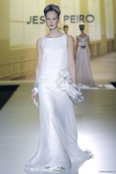 Beyond Beyond ™ // The Show - Wedding Dresses | Bridal Dresses and Gowns | Bridal Catwalk ShowsBeyond Beyond – The Show ™ // Wedding Blog // Bridal Fashion // Wedding Inspiration