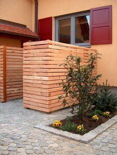 Sichtschutz Müll und Heizung aus Lärchenholz