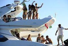 Faça sua festa ou evento um uma luxuosa embarcação