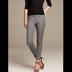 Banana Republic Sloan Pants Size 4 petite. Worn only a few times. Recently dry cleaned. Never machine washed. Love these pants, I own so many. Banana Republic Pants Ankle & Cropped