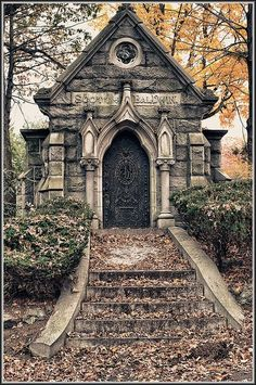 The Reluctant Paladin — taphophilia: Scott Baldwin Crypt Cemetery Monuments, Cemetery Statues, Cemetery Headstones, Old Cemeteries, Cemetery Art, Graveyards, Angel Statues, Highgate Cemetery, Haunted Places