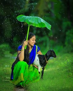 Cute Kids Photography, Wedding Couple Poses Photography, Rain Photography, Girl Photography Poses, Dehati Girl Photo, Girl Photo Poses, Picture Poses, Girl Poses, Beautiful Nature Pictures