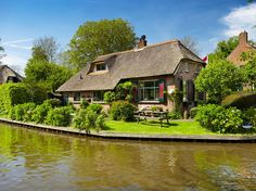 Giethoorn's other secret is that it's one of the most visited parts of the Netherlands, its dollhouse-like scenes captured by eager photographers and Instagrammers from around the world. One nationality in particular has taken Giethoorn to heart, however