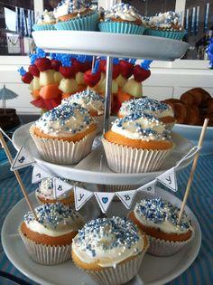 Cupcakes met muisjes in plaats van de traditionele beschuit met muisjes