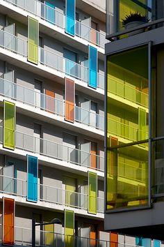 Arquitectura en San Sebastian - Donostia. © Inaki Caperochipi Photography Facade Architecture, Estate Homes, Facades, Artsy Fartsy, Futuristic, Condo, Multi Story Building, Real Estate, San