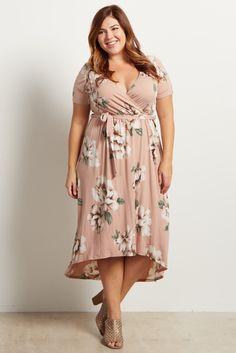 384f23ae19122 Light Pink Floral Hi-Low Midi Plus Dress. StyleFashionSwagModaFasionOutfits