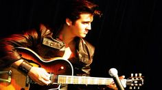 Elvis Presley - Can't Help Falling In Love (With The Royal Philharmonic ...