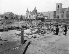 May 1911 - Excavation for Hudson's Bay Company store in Calgary Paris Skyline, New York Skyline, Canada Eh, Canadian History, Hudson Bay, Chesapeake Bay, Alberta Canada