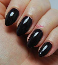 Kiko '244' review and swatches. Black nail varnish, vampy manicure inspiration. #talontedlex