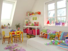 elle belle - skønne sager og lækkert design til børn: Farverig indretning af børneværelset...