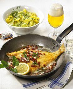 Unser beliebtes Rezept für Scholle Finkenwerder Art mit Kartoffel-Gurken-Salat und mehr als 55.000 weitere kostenlose Rezepte auf LECKER.de.