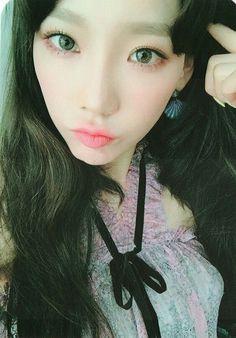Taeyeon - My Voice Deluxe Photocard by TFU Lot 1 order Snsd, Sooyoung, Yoona, Kpop Girl Groups, Kpop Girls, Wonder Girls Members, Girls' Generation Tts, Taeyeon Fashion, Kim Tae Yeon