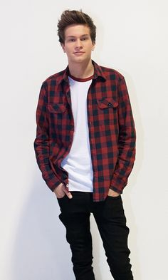 Ennakkosuosikit varmasti TVOF-finaaliin - tässä ovat tähtivalmentajien voittajaehdokkaat! - Juha Nurmi - Käyttäjiltä - SeiskaLive Button Down Shirt, Men Casual, Mens Tops, Kids, Shirts, Fashion, Young Children, Moda, Children