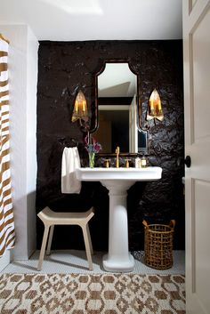 Exotic Brown and White Bathroom