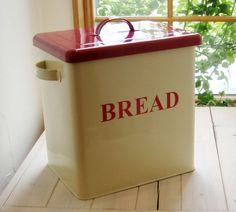2013 hot metal bread box / metal bread bin /metal storage box  WANT!!!!