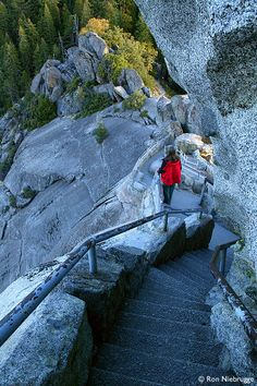 Moro Rock, Sequoia National Park more steps
