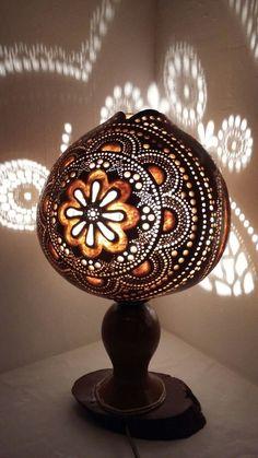 Valentine's Handmade Gourd lamp chandelier Turkish cadeaux d'anniversaire, Geburtstagsgeschenke verj Bohemian Design, Bohemian Decor, Wood Burning Techniques, Wood Floor Lamp, Turkish Lamps, White Light Bulbs, Bohemian Furniture, Art Deco, Gourd Lamp