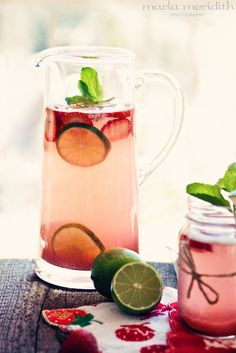 Skinny Strawberry Lime Punch {Cocktail or Alcohol-Free} | recipe on FamilyFreshCooking.com ... Ummm Definitely Coktail