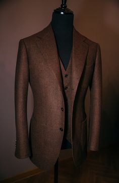 VANNI — Brown hopsack 3piece suit