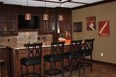 Small Basement Bar Design Ideas - More Home Bar Pictures Here: http://homebar.involvery.com/best-home-bar-pictures/