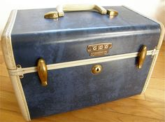 Train Case - Samsonite 1940s Blue