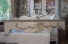 Cantonnière bois patinée chambre romantique et shabby chic