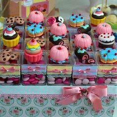 Festa de Aniversário confeitaria de doces