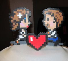 Pixel Art  Bride and Groom Wedding Cake Topper I could make this!