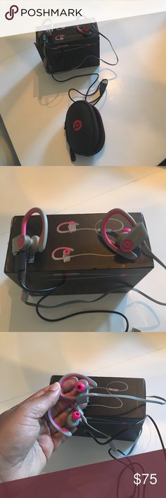 Wireless power beats Work great, just never think to use them. Don't have original charger but I do have a replacement that works great. Never has any issues with connection or charging. Prob used a total of five times. beats by dre Other