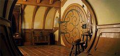 """hobbithouses: """" BAG END'S FRONT DOOR """""""