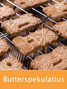 Butter speculas should not be missing on any cookie plate. - Butter speculas should not be missing on any cookie plate. German Christmas Cookies, Christmas Baking, Xmas Cookies, Christmas Christmas, Cheese Appetizers, Vegan Appetizers, Speculaas Cookie Recipe, Scones Ingredients, Biscuits