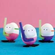 Dye-ving Dudes - snorkeler eggs (made using bendy straws and plastic bottle caps). #Easter #kids #craft