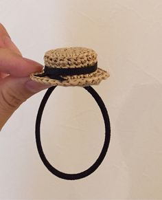 麦わらカンカン帽のヘアゴム