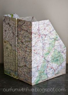 Up-Cycled Magazine Files: von Müslischachteln & Karten – DIY Organization Map Crafts, Travel Crafts, Paper Crafts For Kids, Diy Paper, Magazine Files, Diy Organizer, Ways To Recycle, Reuse, Paper Organization