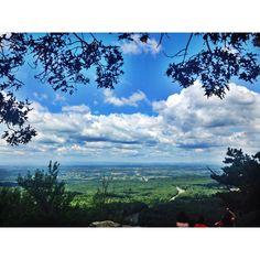 Where  18393 Blueridge Mountain Rd. e1191c45925