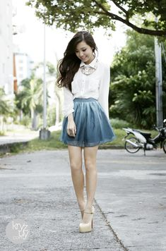 Ombre blue skirt, pretty heels, beautiful necklace and a plain white button-down. Perfection!