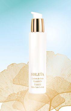 Sisley – SISLEYA LOTION DE SOIN ESSENTIELLE     Eine vorbereitende Pflege, um die Haut mit der ersten Welle von pflegenden Anti-Aging Aktivstoffen zu versorgen und so das Anti-Anging-Pflegeritual von SISLEYA zu bereichern. Essentielle Aktivstoffe (z.B. der neue Aktivstoff von Sisley – Eibisch-Extrakt) sorgen für eine optimal aufnahmefähige Haut, bewährte Anti-Aging Aktivstoffe (Padina Pavonica, Lampionblume) für eine frische, vor Jugendlichkeit strahlende Haut. Das Ergebnis: eine optimal…