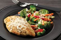 Mixed veggies, pesto and mozzarella make this 30-minute chicken skillet dish colorful, flavorful and delicious.