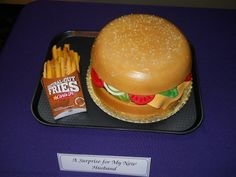 Carl's Jr. Cake | Community Post: 27 Fast Food Themed Cakes That Are Like Works Of Art
