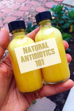 Natural Antibiotics 101 - There are many herbs that have very powerful antibiotic properties that kill bacteria and viral infections naturally and safely without toxins. This mean no opportunity for addiction. Many herbs target the immediate areas with al Survival Food, Survival Prepping, Emergency Preparedness, Survival Skills, Survival Hacks, Doomsday Prepping, Emergency Kits, Healing Herbs, Natural Healing