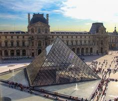 An all time classic: The Louvre Museum  Raise your hand (aka leave a comment) if you have visited! Was it all what you've expected?  #France #louvre #louvremuseum #louvrepyramid #blogger #canon60d #entirelifestyle #fernweh #highlights #itravel #latergram #moments #memories #natgeotravel #amazing_captures #picoftheday #photoftheday #photooftheday #shutupandtravel #travel #traveller #thetravelvlogger #vlogs #vlogger #wanderlust #wordtraveler #youtuber #museedulouvre