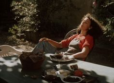 Conte d'automne, 1998, Eric Rohmer.  Cinematography by Diane Baratier