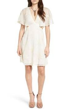 Alternate Image 1 Selected - ASTR the Label Nicolette Dress