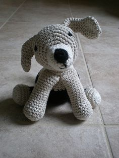 Free pattern  Ravelry: Labrador amigurumi pattern by Pierrot (Gosyo Co., Ltd)