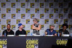 The  cast of Arrow #CWSDCC #2016
