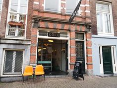 Koko Coffee and Design Amsterdam: koffie concept store | Koko Coffee & Design  Adres: Oudezijds Achterburgwal 145, Amsterdam