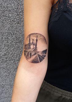 Artist: Bálint-Gudmon Alexandra #dotwork #budapestbridge #bridge #bridgetattoo #budapesttattoo #dotworktattoo #armtattoo