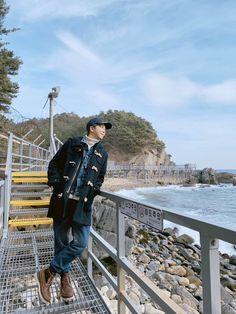 I love how Namjoon post pictures from different places. My wander heart is with you, Joonie baby ✨ Jung Hoseok, Kim Namjoon, Kim Taehyung, Seokjin, Bts Rap Monster, Mixtape, Park Ji Min, K Pop, King Of Rap