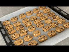 5 DK DA HAZIRLA BUZLUĞA AT, AYLARCA BAYATLAMAYAN DÜNYACA ÜNLÜ STARBUCKS KURABİYE- BUZLUK KURABİYESİ - YouTube Biscuits, Cookies, Starbucks, Desserts, Eat, Food, Youtube, Kitchens, Bakken