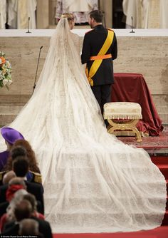 Love you, Kate...but this is a royal wedding train/veil...Stephanie's dress was designed by Elie Saab and featured a 4-metre (13 feet) train